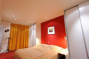 Plameco spanplafond slaapkamer Geel