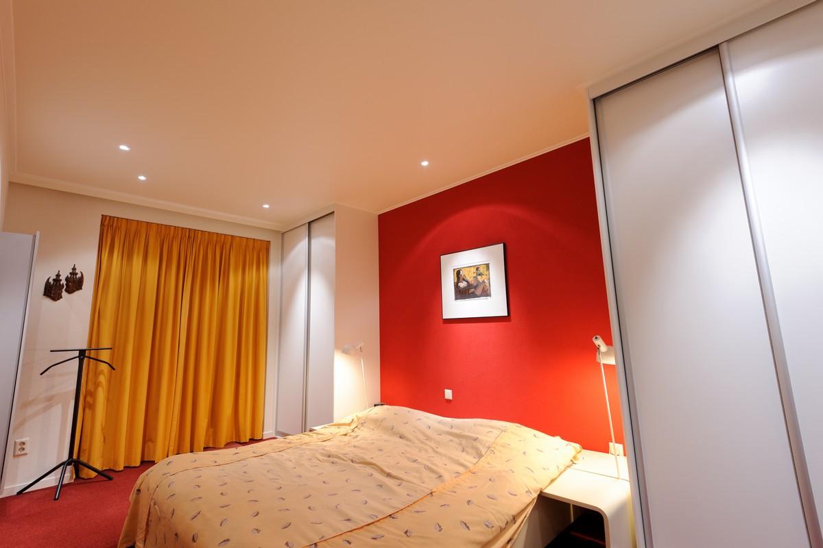 Spanplafonds plameco famst turnhout - Schlafzimmer decke ...