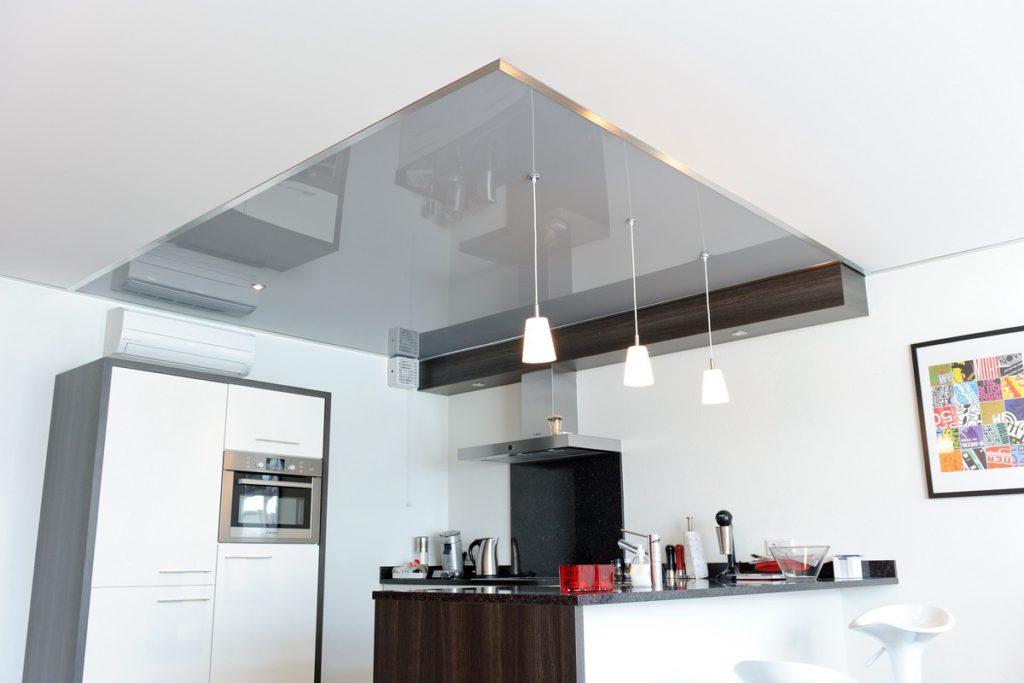 Spanplafond met niveauverschillen